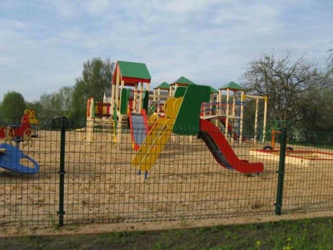 Оградка для детской площадки